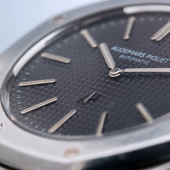 Luxury Watches auction by Nagel Auctioneer partner of Mondani Web | December 6