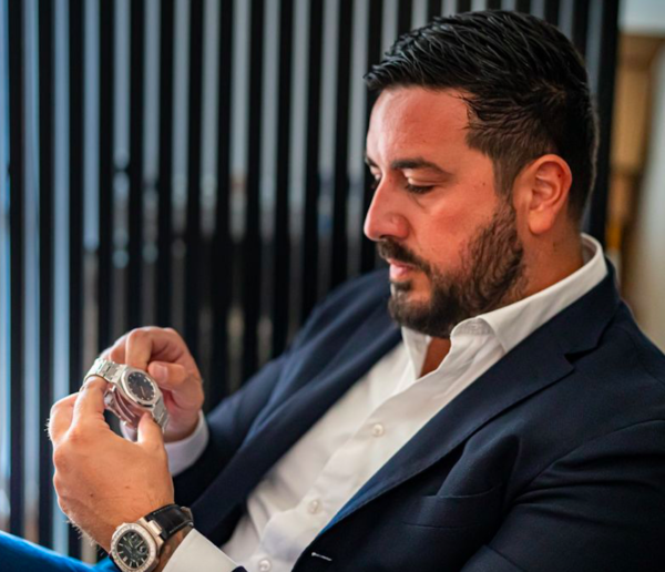 INTERVIEW WITH ANTONIO SORRENTINO Trusted Dealer of Mondani Web based in London & Rome - MondaniWeb